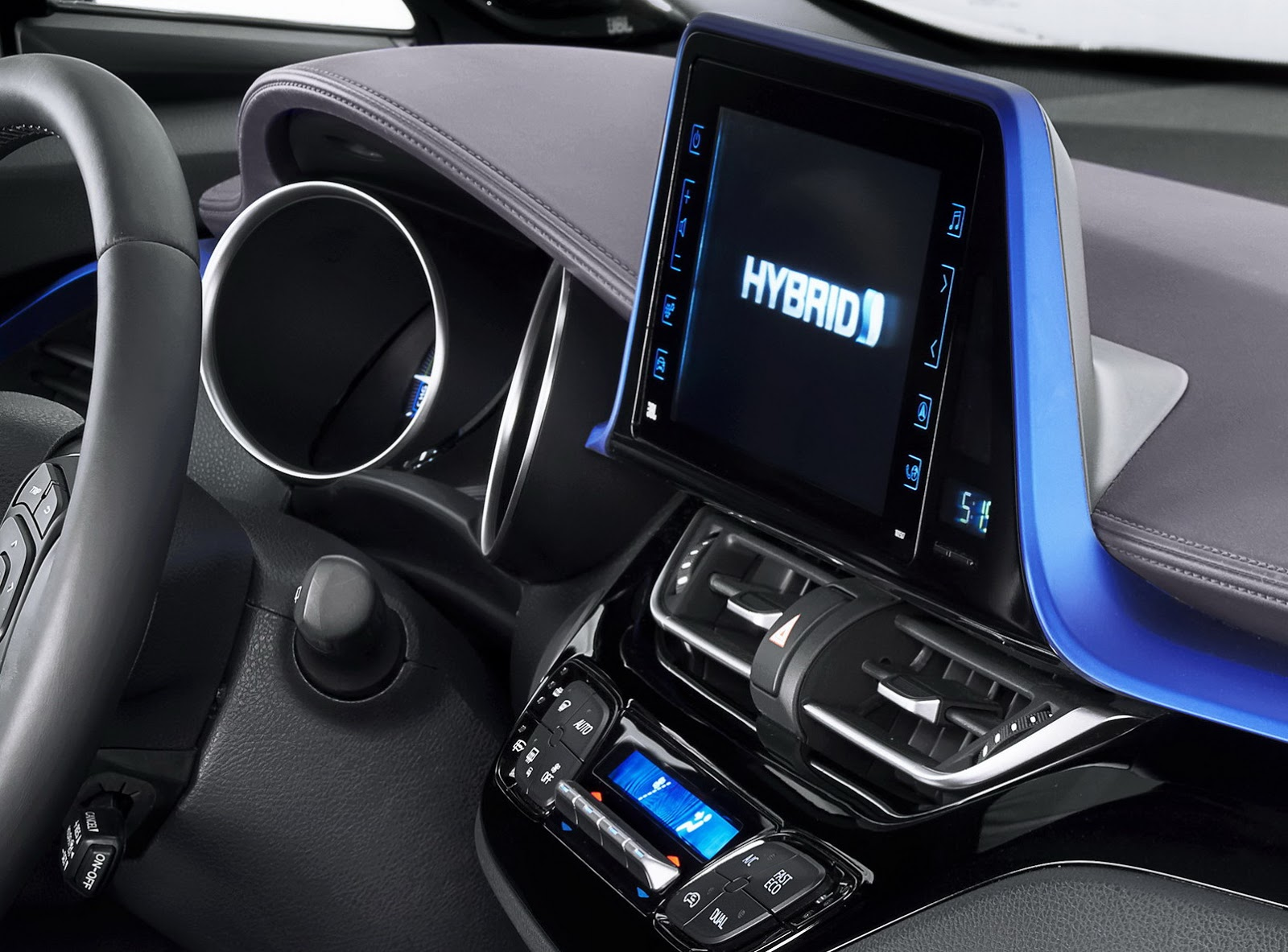 Toyota chr interior 3 uk auto forums for Interieur toyota chr